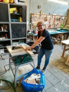 Houtwerkplaats voor meubelpimpen en maken In Dorpsstraat Winkel van Rie in Nootdorp